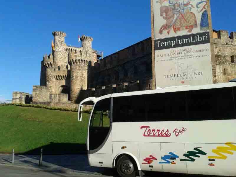 alquiler de minibuses para turistias familias bodas autobuses autocares