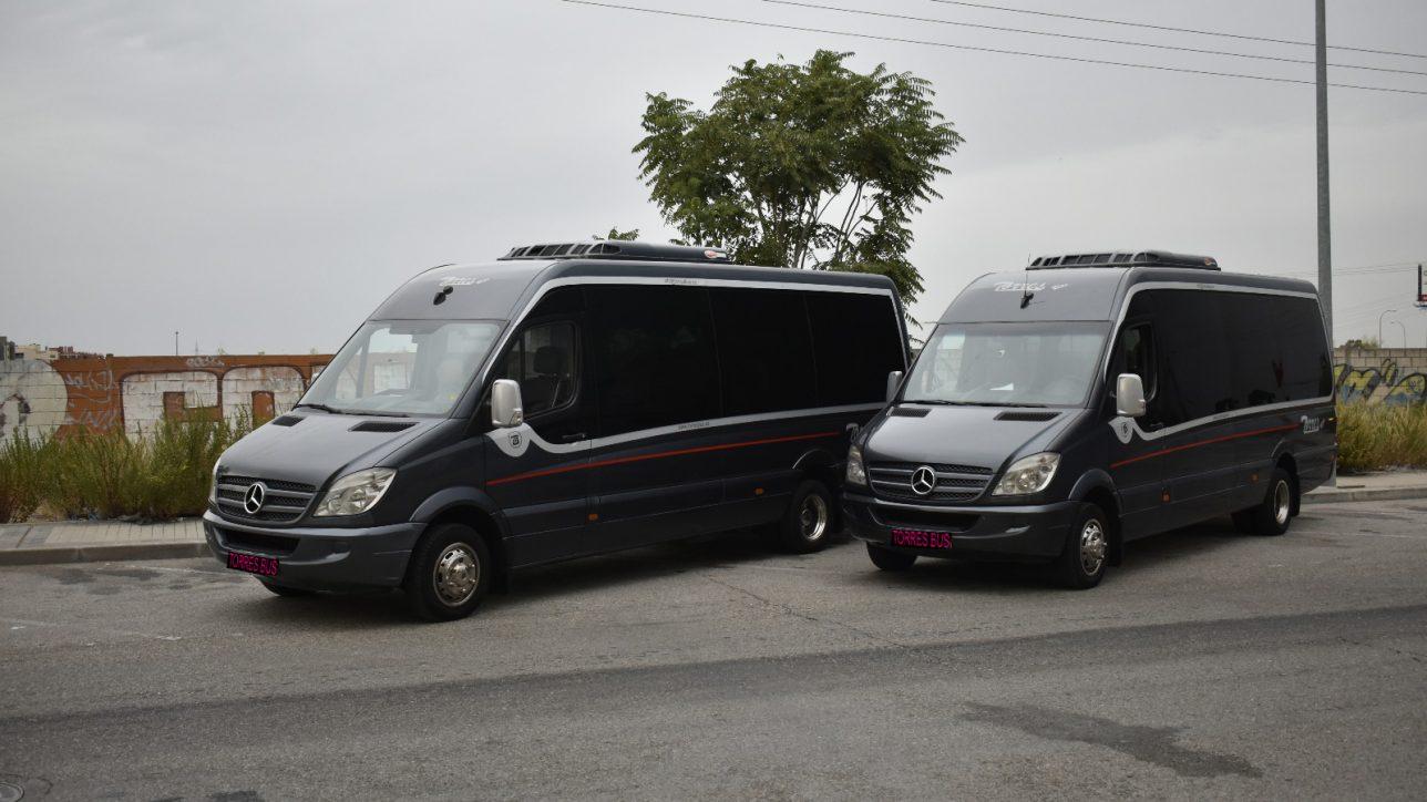 マドリッドとトレドの安いバスのレンタル