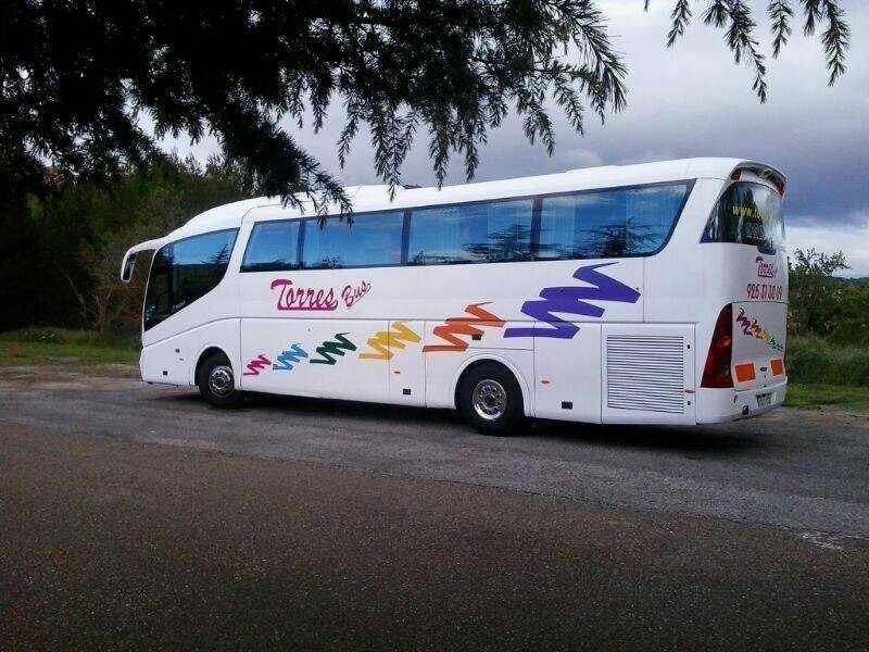 bas untuk lawatan murah
