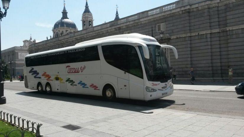 Autobus per gite scolastiche
