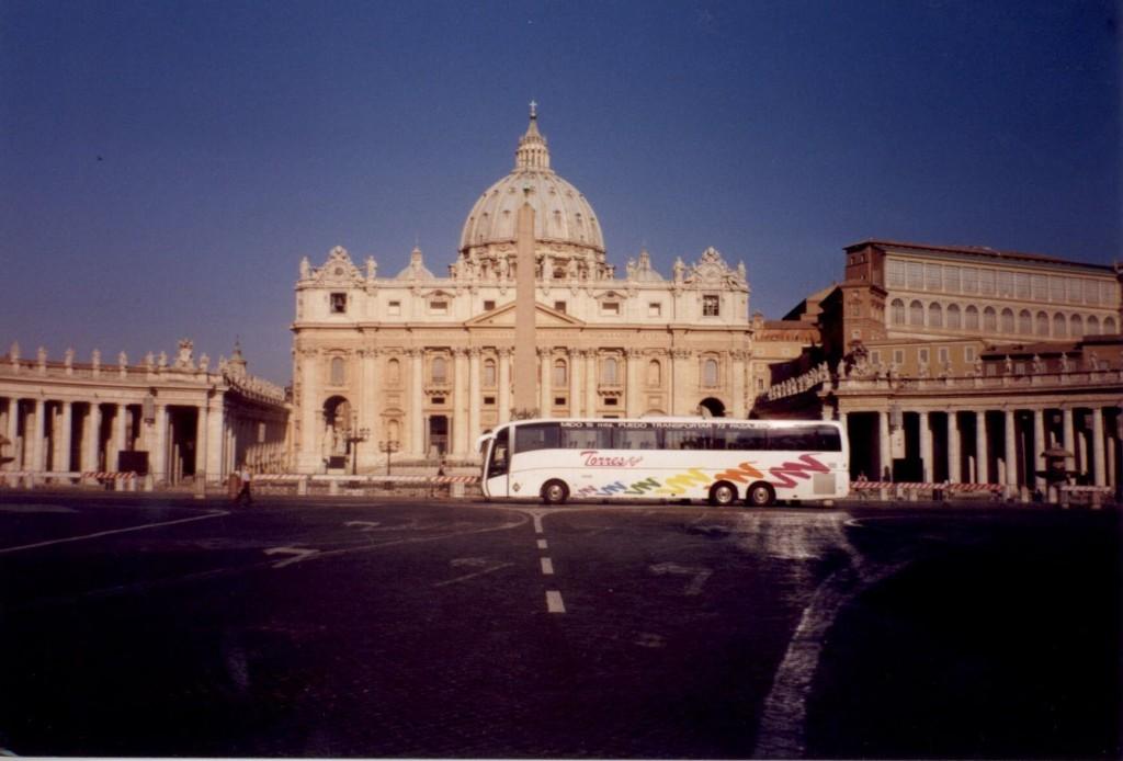Torresbus-Bus im Vatikan Rom - 1000-Euro-Tarif für Touristenbusse in Rom