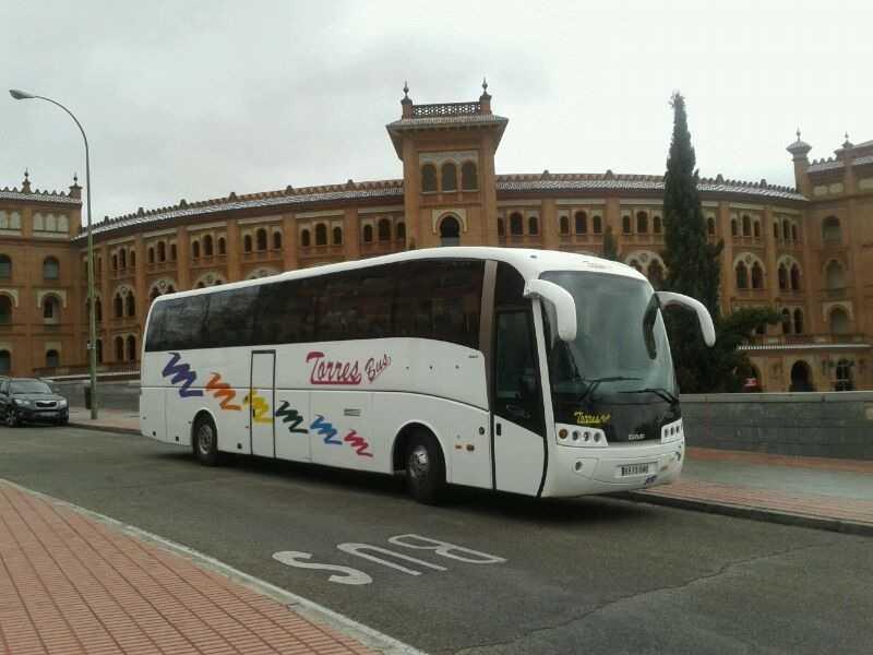Închiriere autocar 50 - locurile 54 - 63 și 70 din Madrid