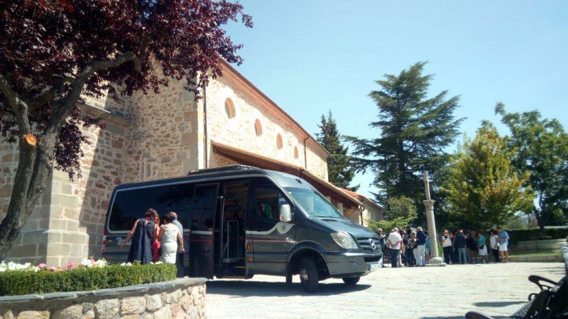 las claves para no marearse en el autobus en un dia de excursion por Madrid