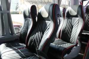 Madrid Party Junggesellenabschied Junggesellenbusse mit Tischen Kleinbusse mit Tischen