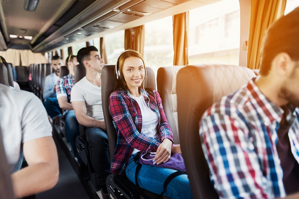 La mejor opción en alquiler de minibus en Madrid