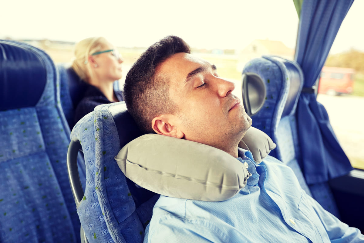 Tips to survive a long bus trip