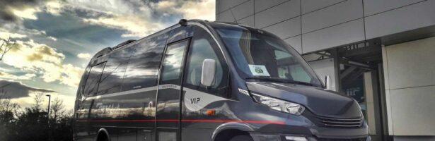 ¿Se puede alquilar un autobús sin conductor en Madrid capital?